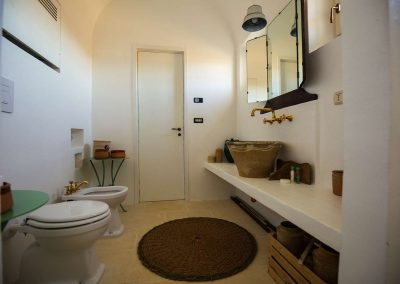 "Masseria Celano ""Turtle"" apartment  bathroom"