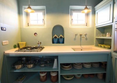"""Hermit crab"" apartment, the Kitchen (2)"