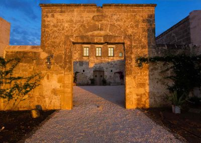masseria celano, the main gate at dawn